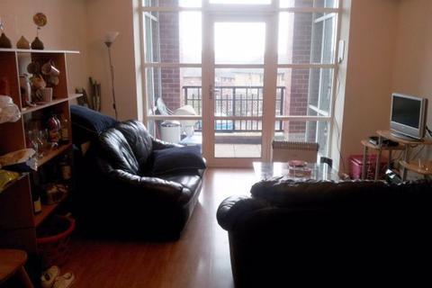 1 bedroom flat share to rent - Dene House Court, Leeds, LS2 9BS
