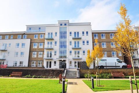1 bedroom apartment to rent - Kestrel Court, Boulters Meadow