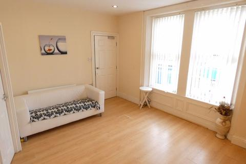 Studio to rent - Coatsworth Road, Gateshead