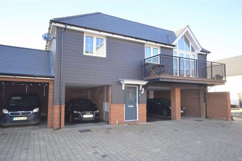 2 bedroom coach house for sale - Nuthatch Drive, Ashford, Kent