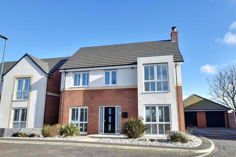 4 bedroom detached house for sale - The Leas, Whitburn, Sunderland