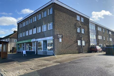 Studio to rent - Cokeham Road, Lancing