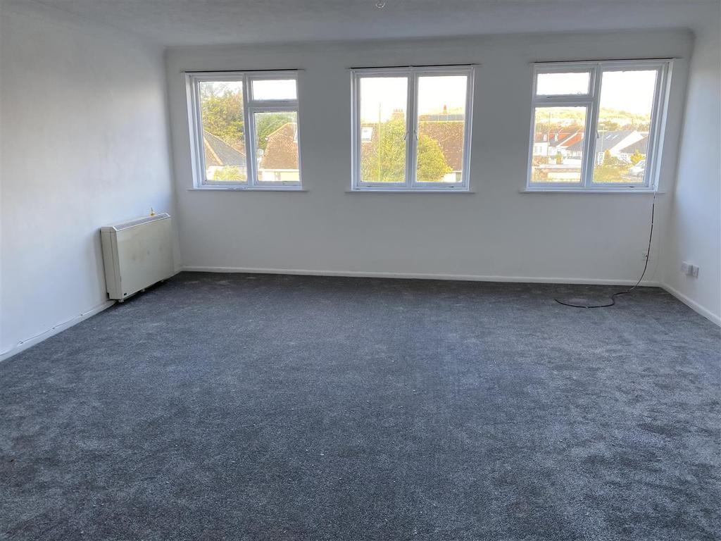 Inglecroft Living room 1.jpg