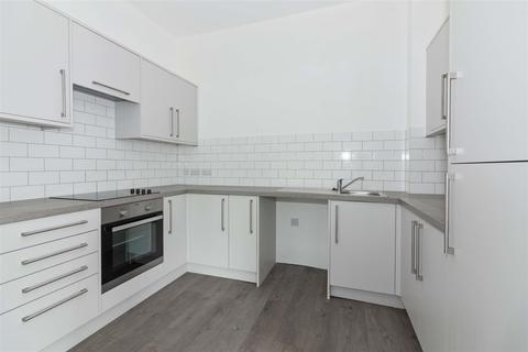 2 bedroom flat for sale - Nursery Lane, Worthing