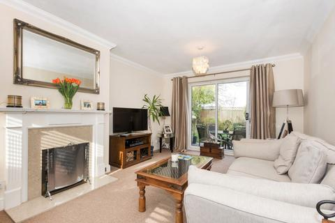 4 bedroom detached house for sale - Acacia Way, Sidcup, DA15