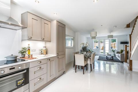 3 bedroom terraced house for sale - Upper Hale Road, Farnham, GU9
