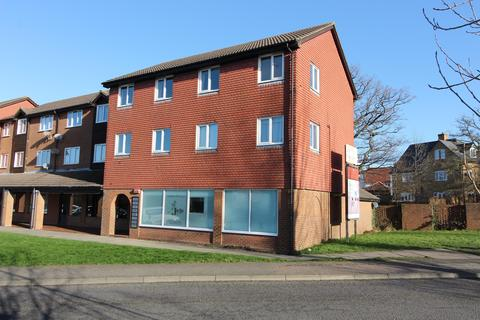 2 bedroom flat for sale - Parkfield House, Loudon Way, Ashford,, Kent, TN23 3JJ