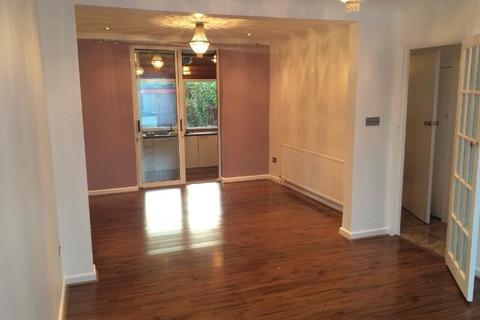 3 bedroom terraced house to rent - Enfield EN3