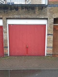 Garage to rent - Rodney Close, Croydon, Surrey. CR0 3RX