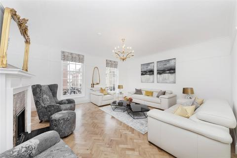 3 bedroom flat to rent - Curzon Street, Mayfair, London