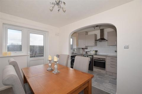 3 bedroom semi-detached house for sale - Grampian Way, Downswood, Maidstone, Kent