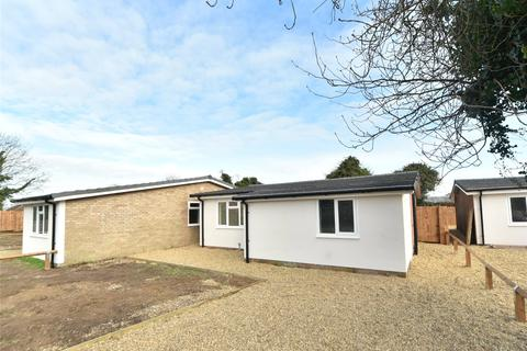 3 bedroom bungalow to rent - Aspal Hall Road, Beck Row, Bury St. Edmunds, Suffolk, IP28