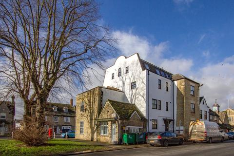 1 bedroom penthouse to rent - Wickham House, 58 Market Square, Witney, OX28