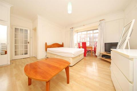 Studio to rent - Rossmore Court, Park Road, Marylebone, Baker Street NW1