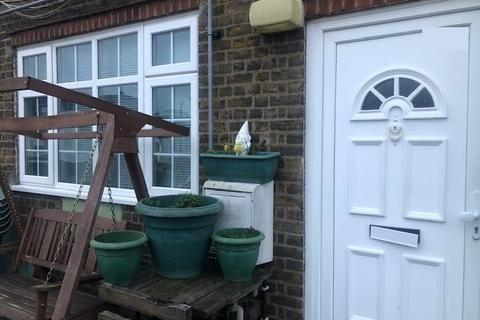 3 bedroom maisonette to rent - Northwood, Greater London, HA6
