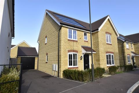 4 bedroom detached house for sale - Mirabelle Road, Bishops Cleeve, Cheltenham, Gloucestershire, GL52