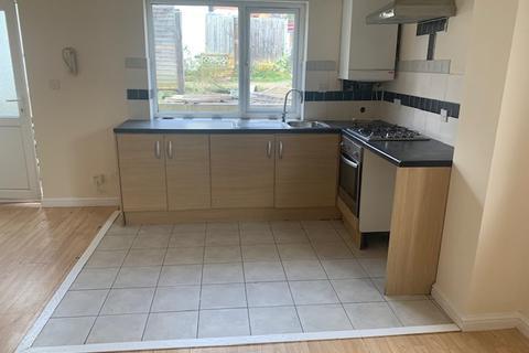1 bedroom semi-detached house to rent - Stanley Street , Luton  LU1