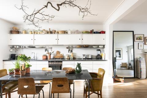 3 bedroom maisonette for sale - Strathearn Place, London W2