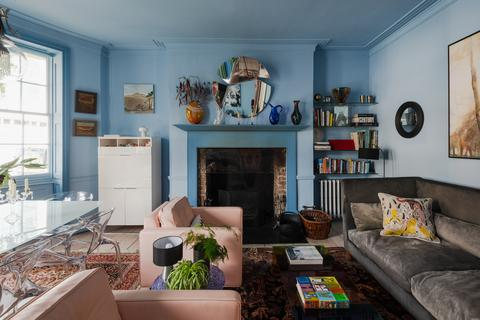 4 bedroom end of terrace house for sale - Mare Street, London E8