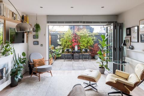 3 bedroom terraced house for sale - Stanford Mews, London E8