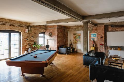 3 bedroom apartment for sale - Colina House, Colina Mews, London N15