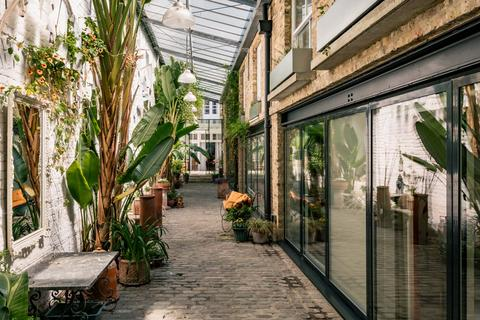 5 bedroom mews for sale - St. Stephen's Yard, Chepstow Road, London W2