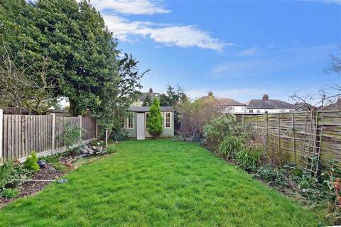 3 bedroom semi-detached house for sale - Underwood Road, London