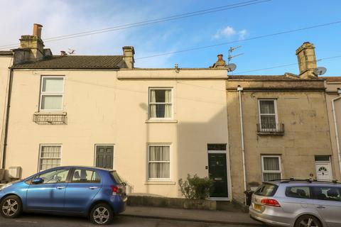 3 bedroom terraced house for sale - Brougham Hayes, Oldfield Park, Bath
