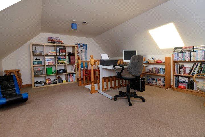 Play Room/Bedroom 5