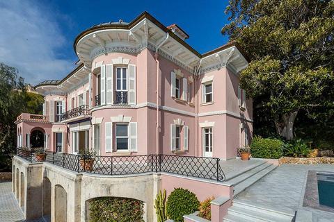10 bedroom villa - Alpes-Maritimes, France
