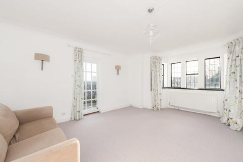 1 bedroom apartment to rent - Belsize Avenue, NW3