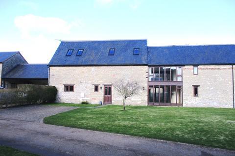 2 bedroom barn conversion to rent - Charlton Road, Evenley, NN13 5LJ