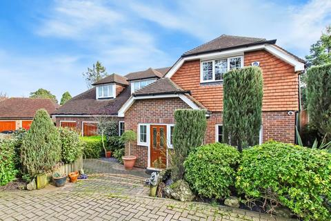 4 bedroom detached house for sale - The Coppice, Bexley