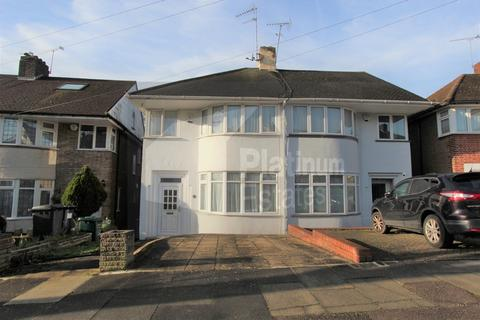 3 bedroom semi-detached house to rent - Whitehouse Way, Southgate, N14