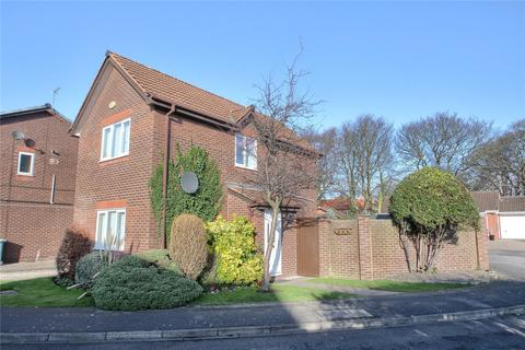 3 bedroom link detached house for sale - Priory Gardens, Norton