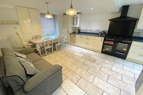4 bedroom terraced house to rent - Shirley Street, Hove, East Sussex, BN3 3WJ