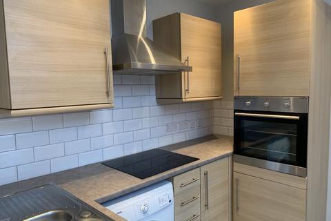 2 bedroom apartment to rent - Mottram Road, Stalybridge