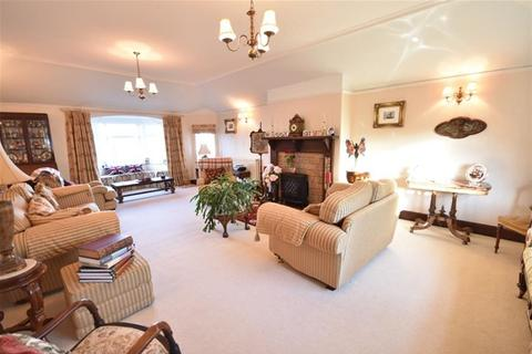 4 bedroom detached house for sale - Stotfield Road, Lossiemouth
