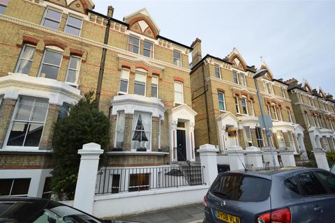 1 bedroom flat to rent - St. Andrews Square, Surbiton