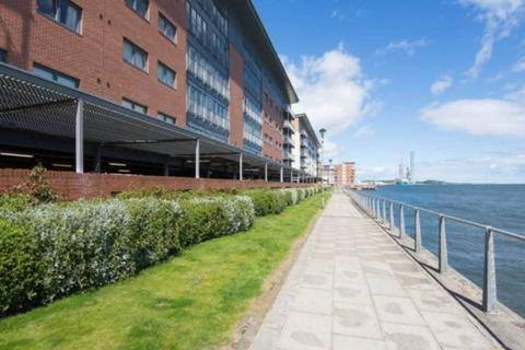 2 bedroom flat to rent - 6 Marine Parade, ,