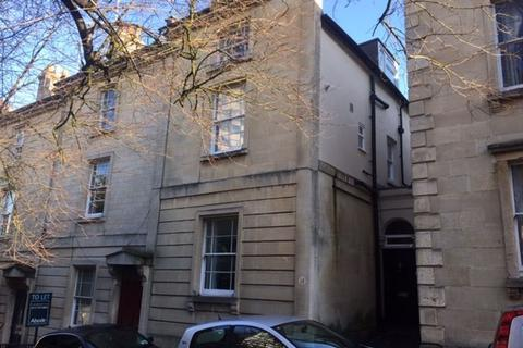 4 bedroom house to rent - Byron Place, Clifton