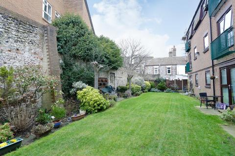 1 bedroom flat for sale - Coombe Valley Road, DOVER