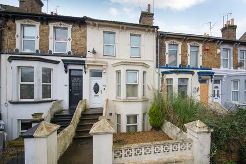 3 bedroom terraced house for sale - Grange Road, Ramsgate