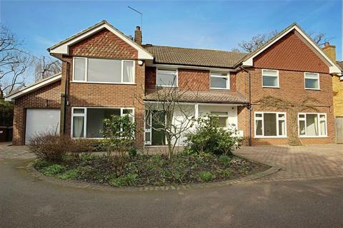4 bedroom detached house to rent - Heath Drive, Potters Bar, Hertfordshire