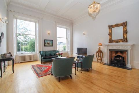 2 bedroom flat to rent - WOODSIDE TERRACE,TRINITY CHAMBERS, G3 7XH