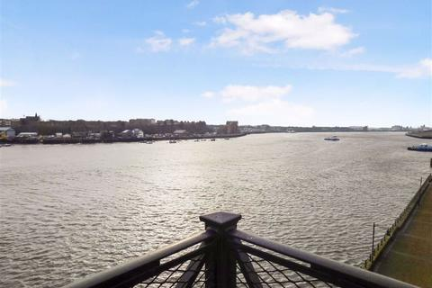 4 bedroom flat for sale - Dolphin Quays, North Shields