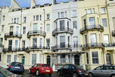 2 bedroom flat to rent - Warrior Square, St. Leonards-On-Sea