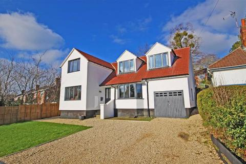 4 bedroom detached house for sale - Porturet Way, Charlton Kings, Cheltenham, GL53
