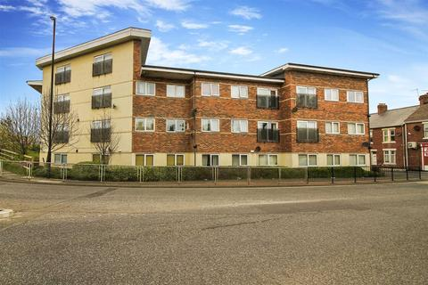 2 bedroom flat for sale - Alnwick House, North Shields