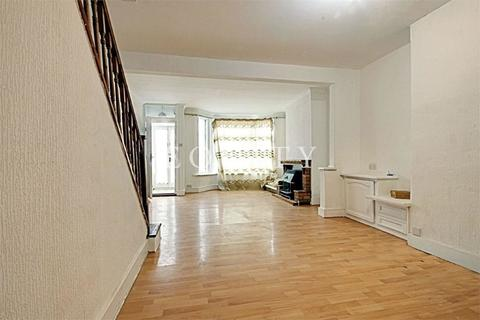 3 bedroom terraced house to rent - Millais Road, ENFIELD, EN1